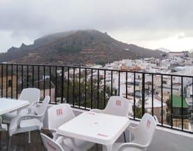 La terraza del castillo, Felix