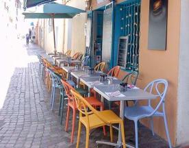 A Table, Sanary-sur-Mer