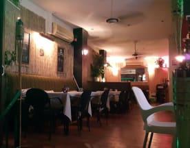 Hula's Tiki Lounge, Torremolinos