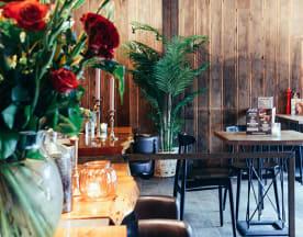 Manzo's Bar Bistro, Zaandam