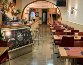Yoyi's burger bar, Castellbisbal