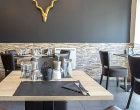 Chic & Grill, Ermont