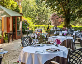 Hôtel Restaurant Quintessia, Orvault