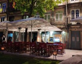 Praça 63, Porto