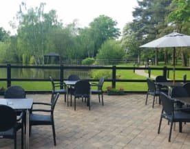 Lakeside Restaurant at Great Hallingbury Manor, s Stortford