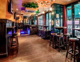 Corcoran's Irish Pub, Paris