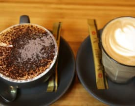 Two Sugars Café on Ryrie, East Geelong