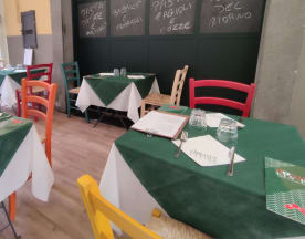 Donna Elvira Pizza&Cantina, Napoli