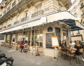 Aux 3 Passages, Paris