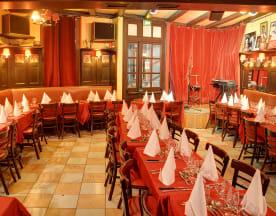 Chez Ma Cousine Cabaret, Paris
