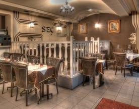 Restaurant Seç 18eme, Paris