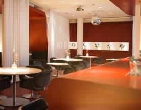 The Fox Bar @ Hotel-Q!, Berlin