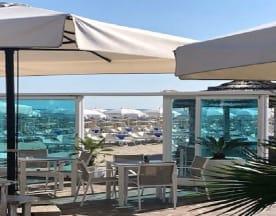Bagno Albacore 271 - Beach & Restaurant, Milano Marittima