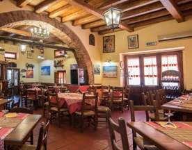 Hostaria Cycas, Castelbuono