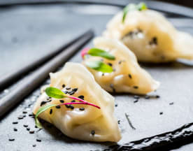 Sushi Licious, Waterloo