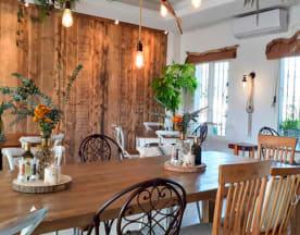 Wild cafe & restaurante, Estepona