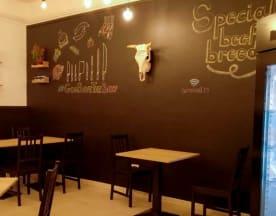 Summeat Steakhouse, Avola