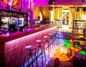 Kombi Bar, Bruxelles