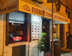 Everest Curry & Sekuwa Corner, Lisbon