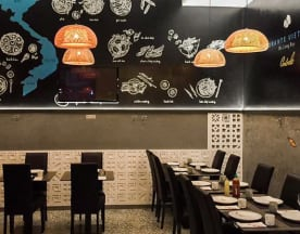 Ha Long Bay Vietnamese Italian Restaurant, Milano
