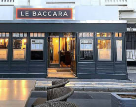 Le Baccara, Tours