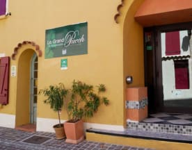 Restaurant hôtel Le Grand Puech Mimet, Mimet