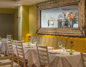 Asiatique Thai Restaurant - East Sheen, London