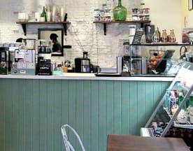Pinale Coffee Shop & Salad Bar, Madrid