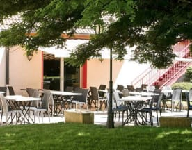 L'Hexagone, Luxeuil-les-Bains