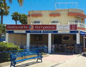 Rompeolas, Málaga