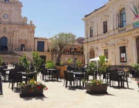 J'live, Palazzolo Acreide