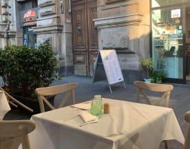O Cerriglio - Piazza Borsa, Napoli