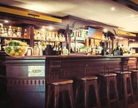 Andrew's Pub, Formigine
