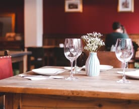 Merlot Garden Bar & Restaurant, London