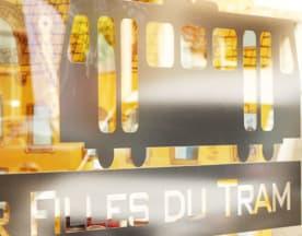 Les Super Filles du Tram, Ixelles