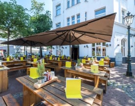 HANS IM GLÜCK Burgergrill & Bar - Düsseldorf MEDIENHAFEN, Düsseldorf