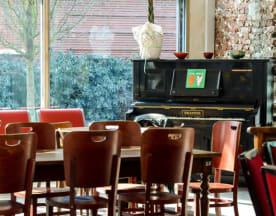 Les Pianos, Montreuil