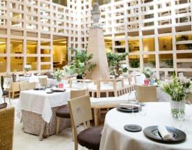 La Manzana - Hotel Hyatt Regency Hesperia Madrid, Madrid