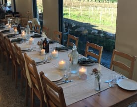 Many Hands Winery, Coldstream (VIC)