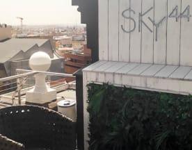 SKY44, Madrid