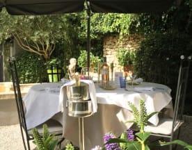 L'Auberge de Cheval Blanc, Cheval-Blanc