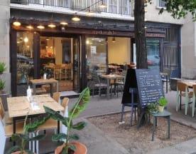 Les Petites Dalles, Paris