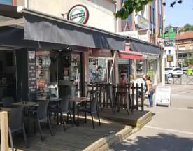 AU 4 Bar Brasserie, Épinal