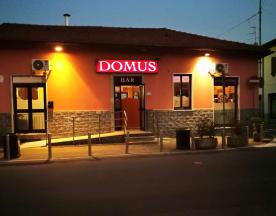 Domus, Pero