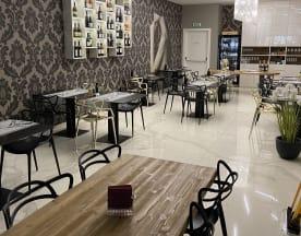Vanity Cafe, San Salvo