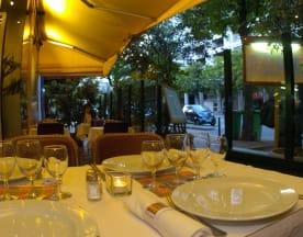 Le Pataquès, Paris