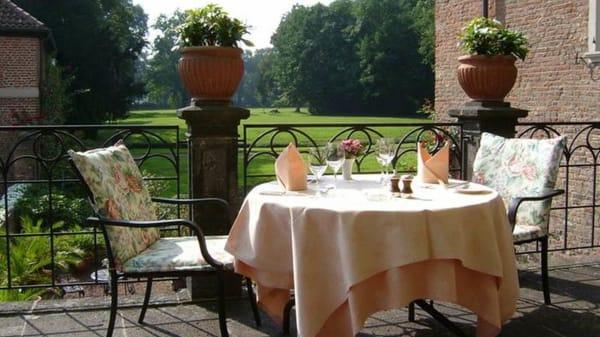 Terrasse - Schloss Loersfeld, Kerpen