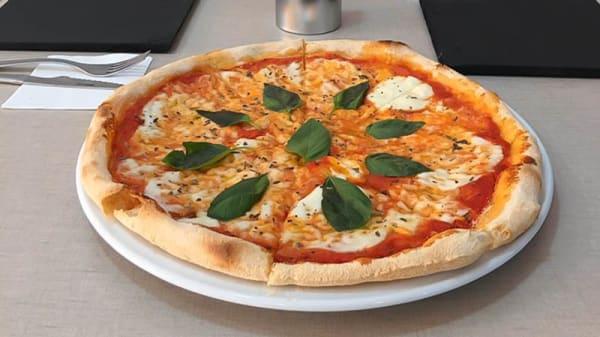 Pizza - Marchetti Pizza Caffè, Fuenlabrada