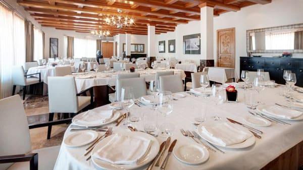 sala principal - Azafata - Hotel TRYP Valencia Azafata, Aeropuerto De Manises (Valencia)
