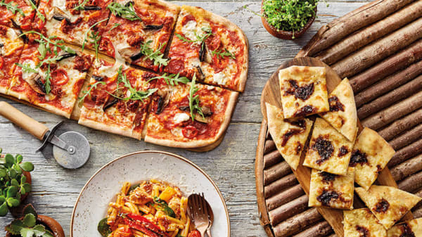 Zizzi - Manchester Piccadilly, Piccadilly, Manchester